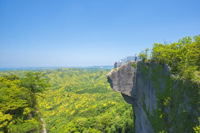 画像: <ハイキング入門>『御朱印を集めながら季節の絶景をめぐり歩く  第1回 鋸山・日本寺で厄除け散歩』日帰り|クラブツーリズム