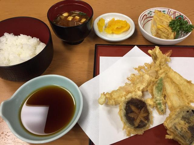 画像: 雷門 三定の天ぷら定食(第4回)