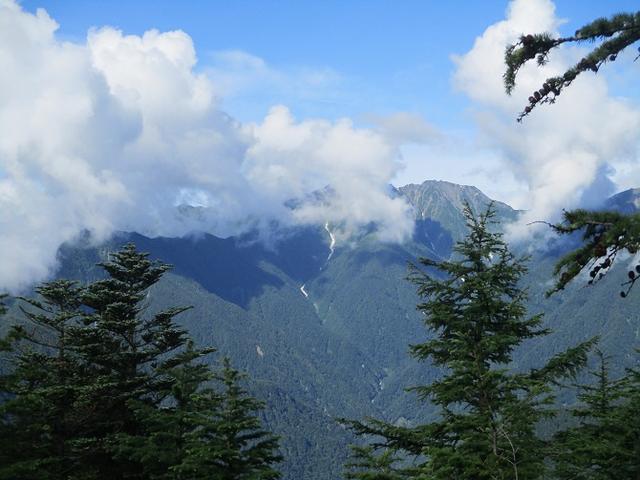 画像12: 来年夏のツアーの素材を探して南アルプスの 鳳凰三山 を歩いてきました♪