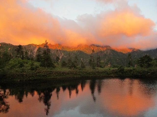 画像14: 8月13日から岡田ガイドのコースで 「ゆっくり歩く鏡平と弓折岳」 に行ってきました!