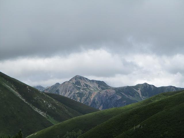 画像8: 8月13日から岡田ガイドのコースで 「ゆっくり歩く鏡平と弓折岳」 に行ってきました!