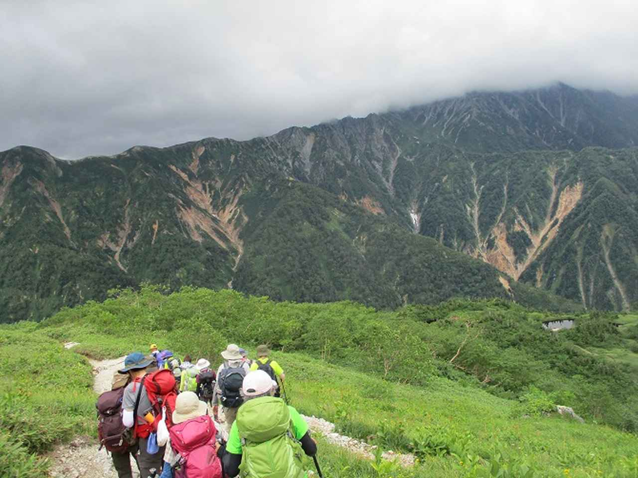 画像10: 8月13日から岡田ガイドのコースで 「ゆっくり歩く鏡平と弓折岳」 に行ってきました!