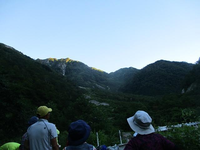 画像3: 8月13日から岡田ガイドのコースで 「ゆっくり歩く鏡平と弓折岳」 に行ってきました!