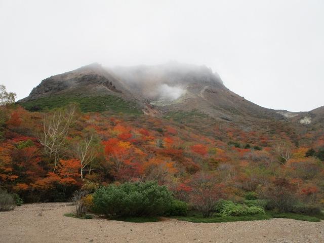 画像5: 10月10日より山旅会 「那須 茶臼岳と姥ヶ平」 ツアーにいってきました!