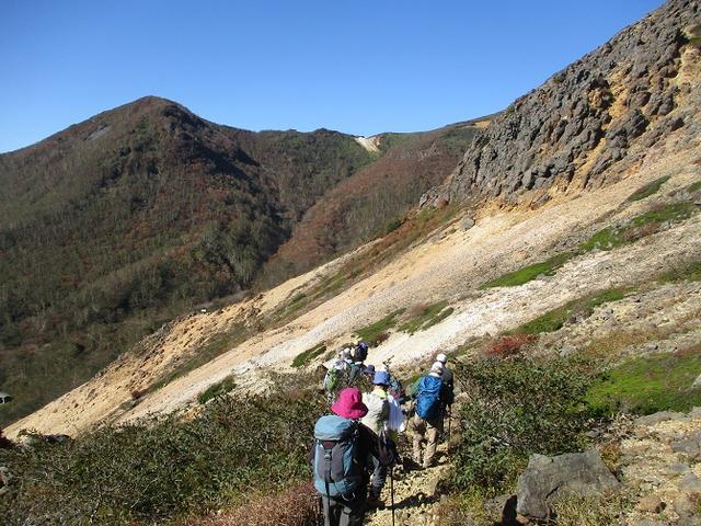 画像5: 10月10日から山旅会 「那須茶臼岳と姥ヶ平」 ツアーにいってきました!