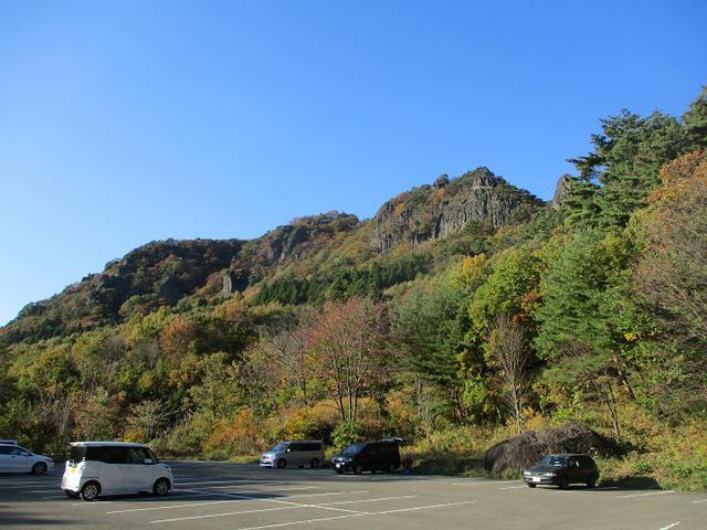 画像2: 本日は山旅会ツアー12月までの催行状況のご案内です!