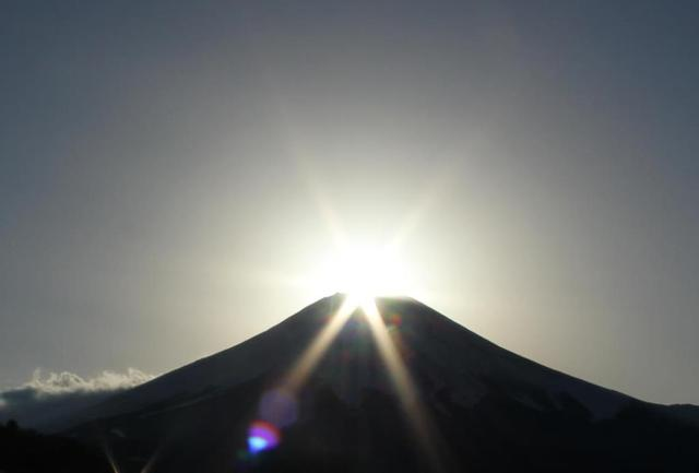 画像: 【12月22日(日)開催】『年末忘年・運営スタッフ全員集合! 紅葉台~西湖ハイキングとダイヤモンド富士』|クラブツーリズム
