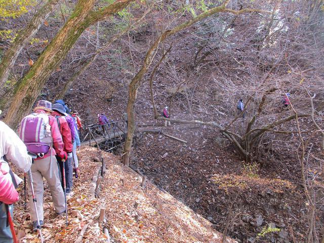 画像4: 11月18日に山旅会 四尾連湖から蛾ヶ岳 ツアーに行ってきました!
