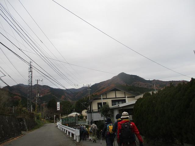 画像1: 12月13日に岡田ガイドのコースで 鐘ヶ岳 へ行ってきました♪