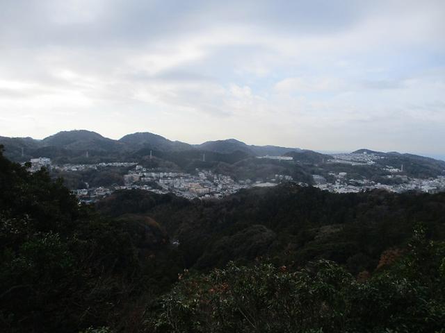 画像6: 12月21日に山旅会現地集合 「鷹取山」 ツアーに行ってきました!