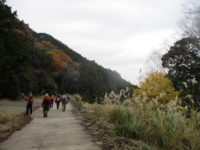 画像9: 12月13日に岡田ガイドのコースで 鐘ヶ岳 ツアーに行ってきました!