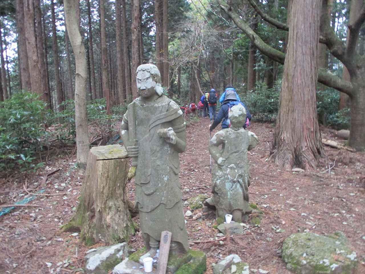 画像4: 12月13日に岡田ガイドのコースで 鐘ヶ岳 ツアーに行ってきました!