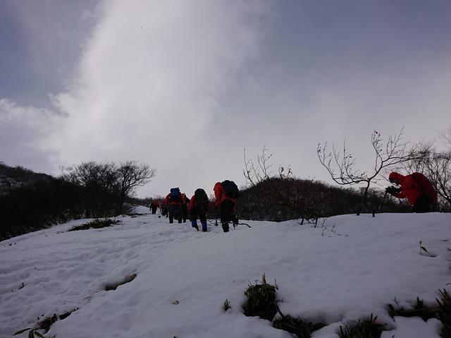 画像1: 登山ツアー添乗員の雪山研修にいってきました!