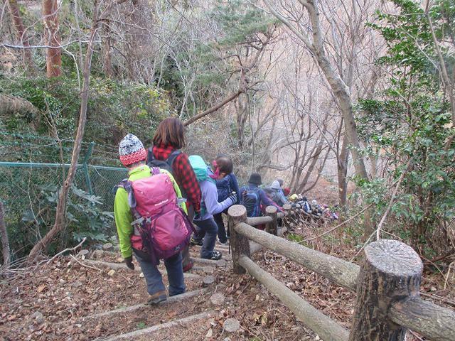 画像9: 1月10日に山旅会 神峰山から鞍掛山 ツアーに行ってきました!
