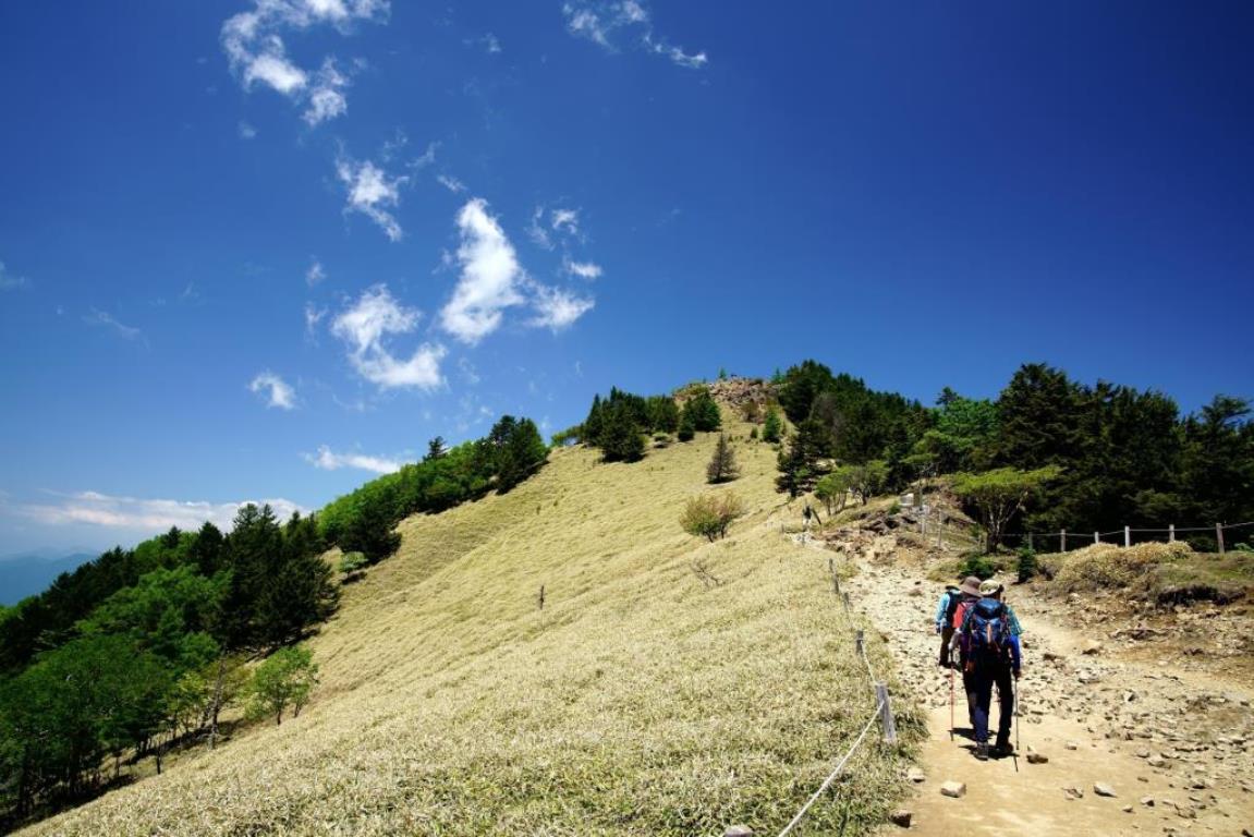 画像: 稜線歩き