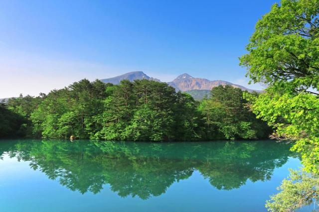 画像: 猫魔温泉・裏磐梯レイクリゾート 裏磐梯をハイキング |クラブツーリズム