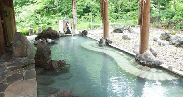 画像: プラザホテル山麓荘・露天風呂(イメージ)