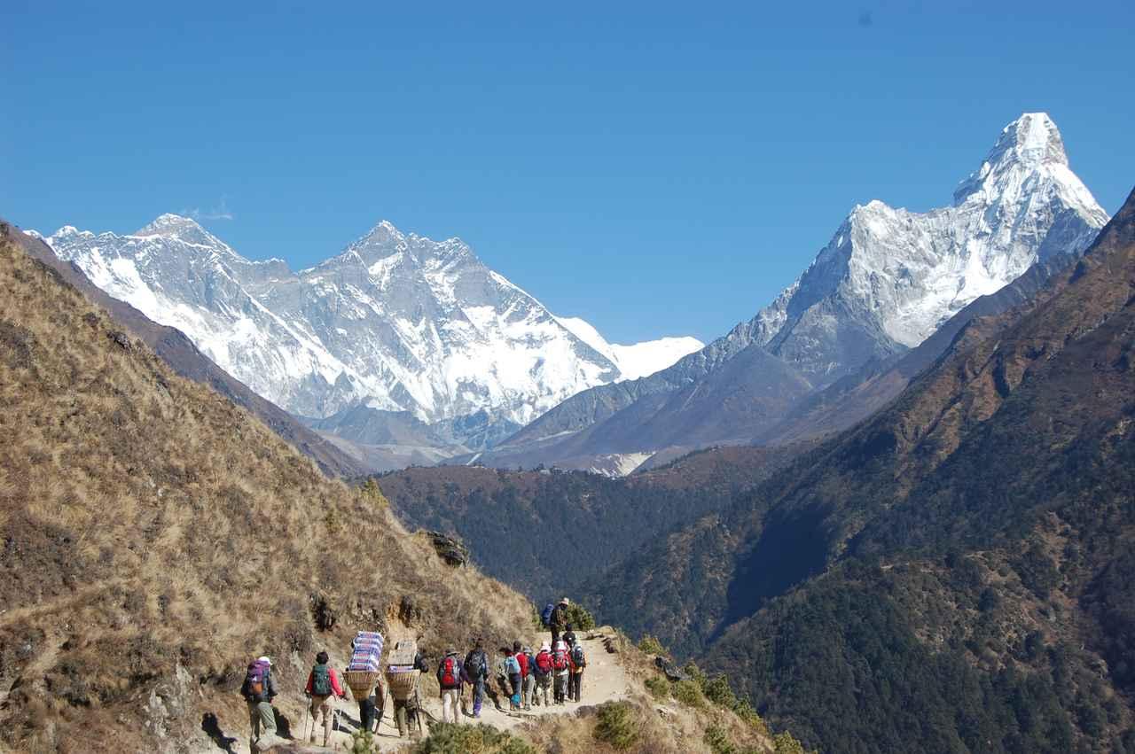 画像: ネパールのエベレスト街道トレッキング