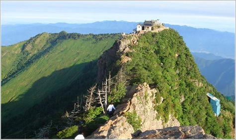 画像: 石鎚山【いしづちさん】登山|愛媛県・日本百名山ツアー