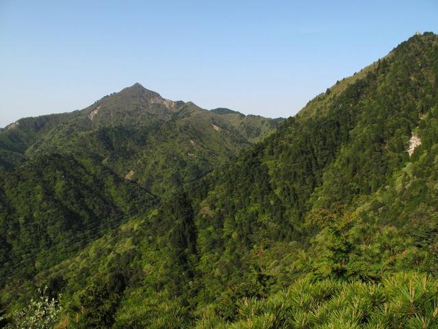 画像: 御在所岳 中道からの鎌ヶ岳
