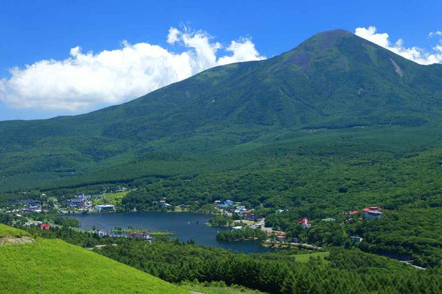 画像: 白樺湖と蓼科山