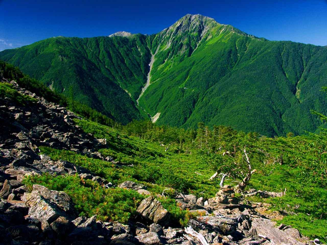 画像: 日本で二番目に標高の高い名峰・北岳