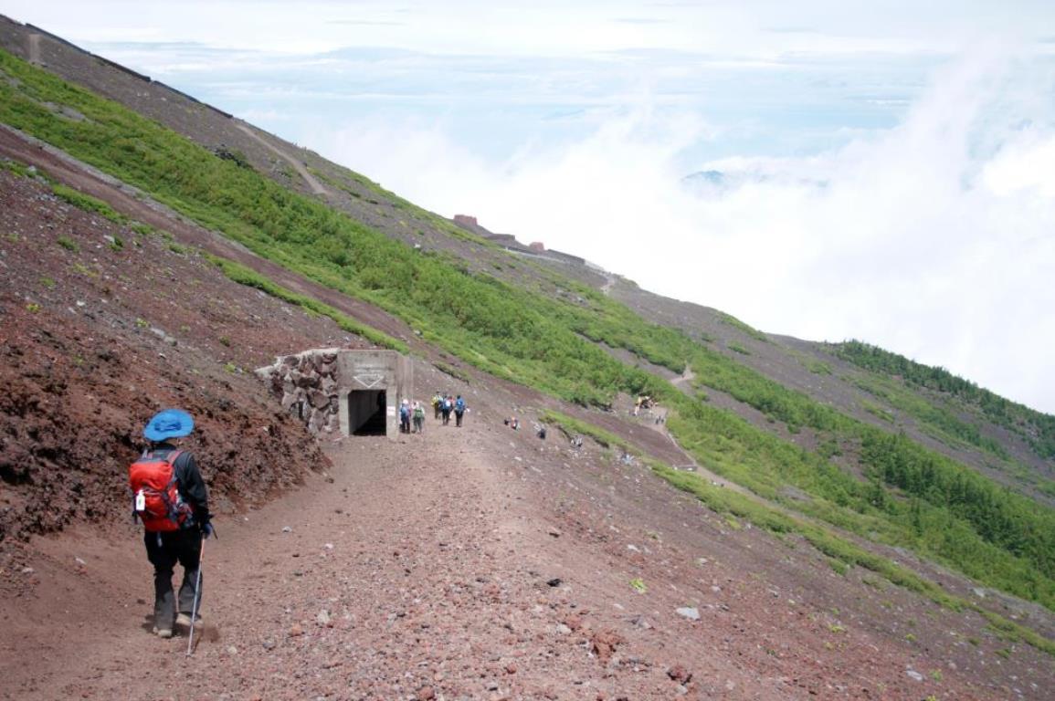 画像: <ハイキング初級・各自ハイキングプラン>『【7月9日(金)1日限定】富士山・御中道から六合目ハイキング 日帰り』|クラブツーリズム