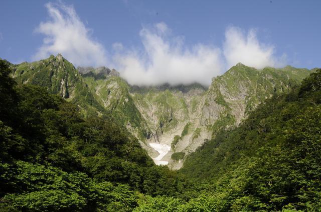 画像: 谷川岳山麓・一ノ倉沢