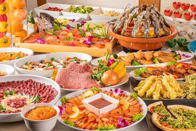画像: 地元の食材をふんだんに使用したビュッフェもお楽しみに!
