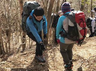 山の学びを自分で選んで楽しむ山の学校 やまなびセレクト1月スタート【60歳以上の方限定!】