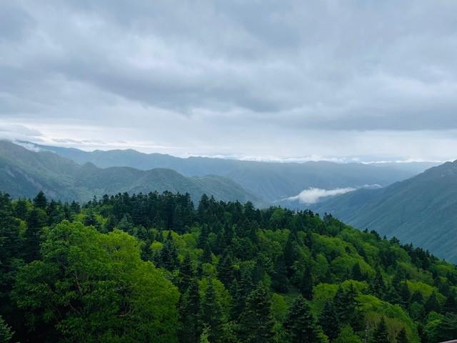 画像: 新穂高ロープウェイ 展望台からの景色(イメージ)撮影:添乗員