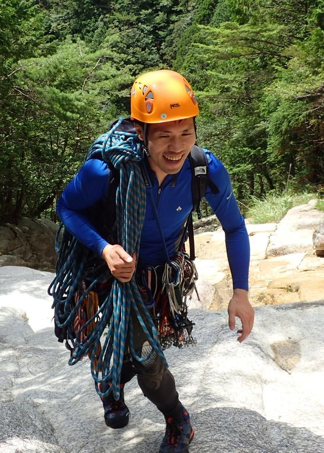 画像1: お花探しからクライミングまで、多様な山登りを楽しめる「鈴鹿山脈」へ
