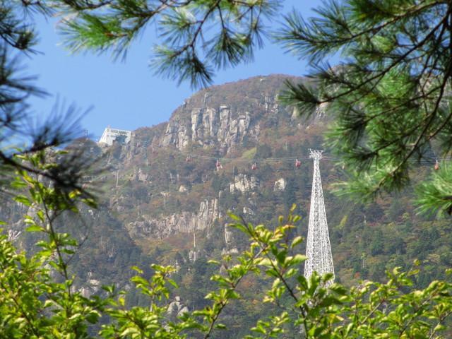画像3: 【登山の旅】鈴鹿山脈のご紹介! お花探しからクライミングまで、多様な山登りを楽しめる山域です