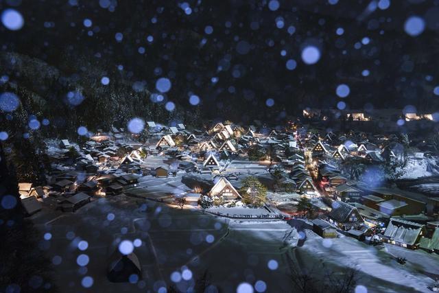 画像: 白川郷ライトアップ