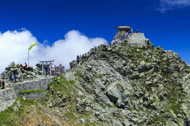 画像: 他にも登山ツアー多数取り扱いあり。詳しくはHPをチェック!