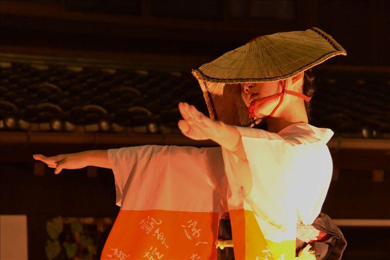 画像: 初秋の風が吹く頃、哀愁漂う胡弓の音色と優美な踊りで幻想的な時間を体験しませんか?(お客様写真:古谷宣夫様:茨城県在
