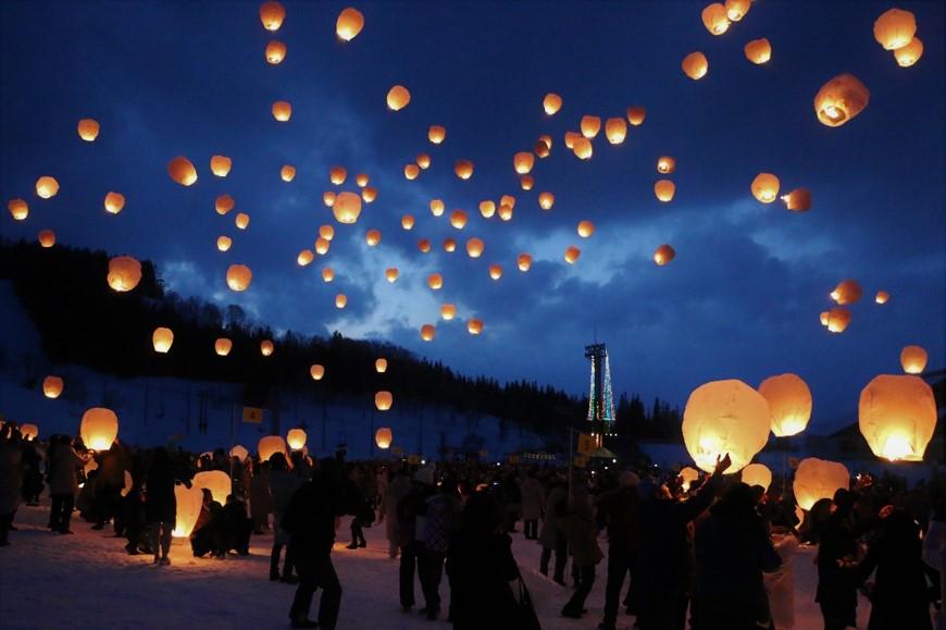 画像: 【東京23区発】新潟津南スカイランタン幻想の灯りツアー・旅行 | クラブツーリズム