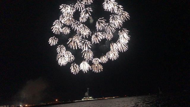 画像: 【青森ねぶた祭り】海上運行と花火がフィナーレを飾りました