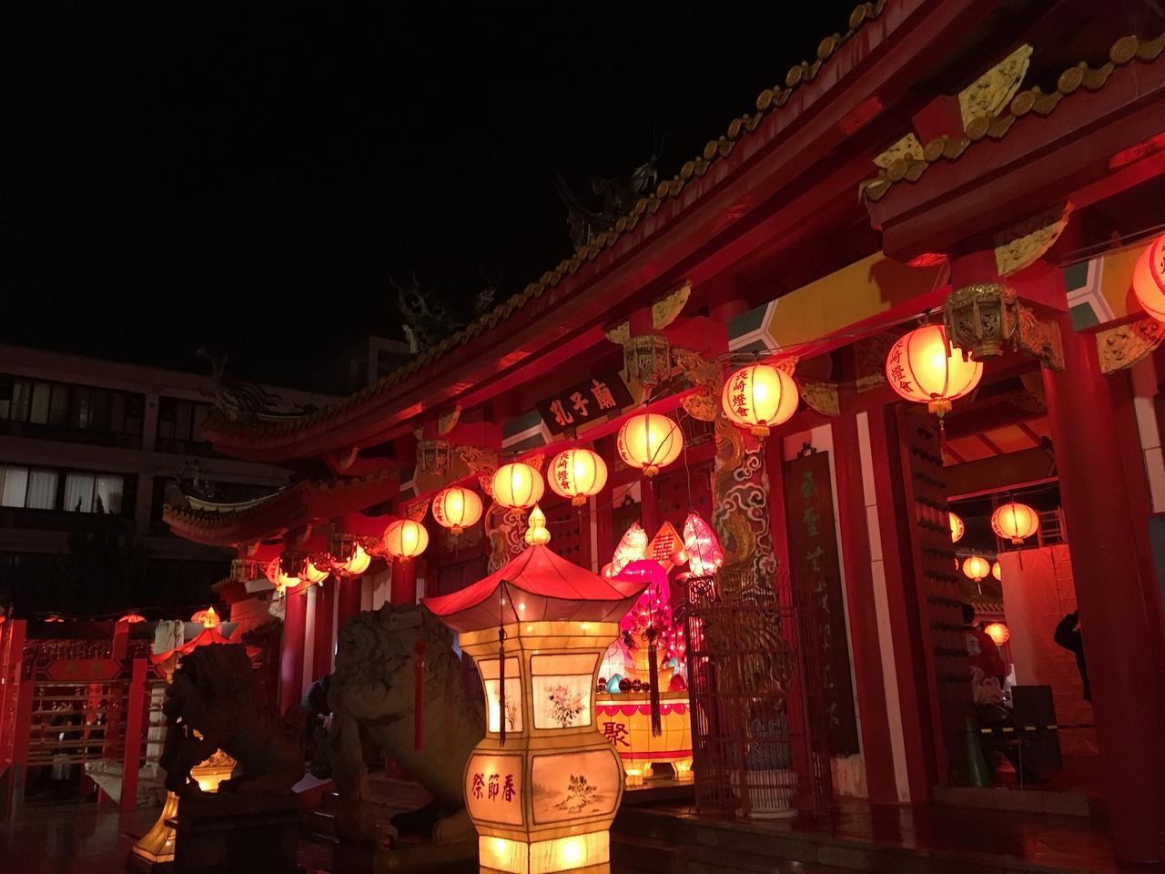 画像1: 【国内旅行・地域47の旅】第6回 長崎孔子廟ライトアップと中国伝統芸貸切鑑賞