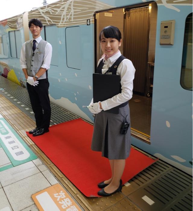 画像1: 【現地リポート】西武  旅するレストラン「52席の至福」乗車! 優雅な列車の旅へご案内!
