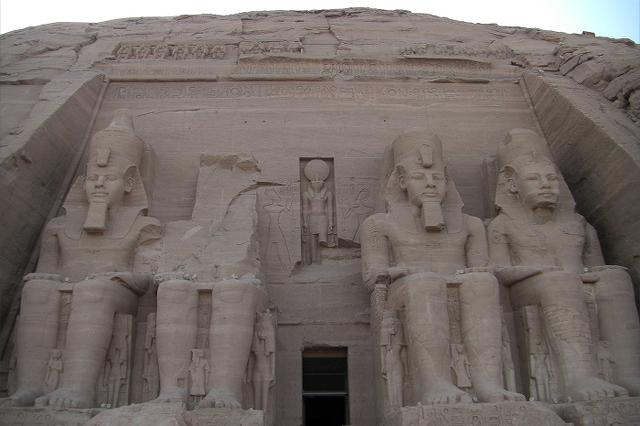画像: アブ・シンベル大神殿