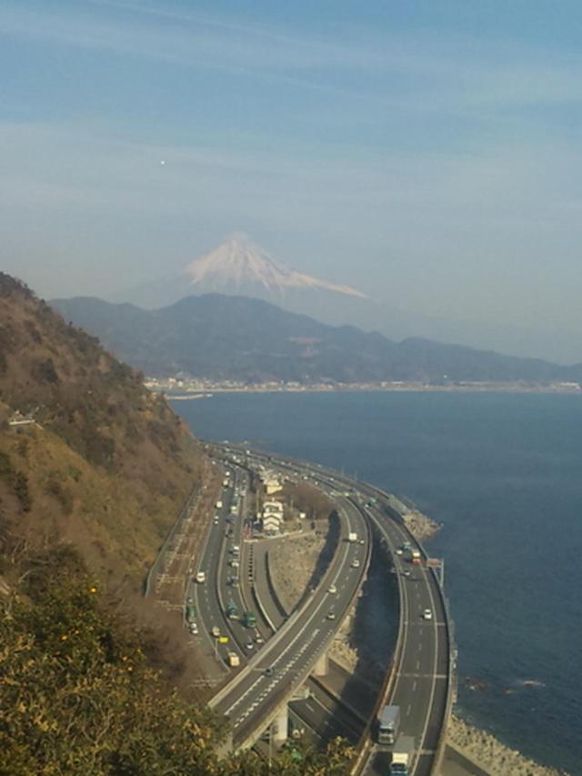 画像: 東名高速道路 さった峠付近(イメージ)