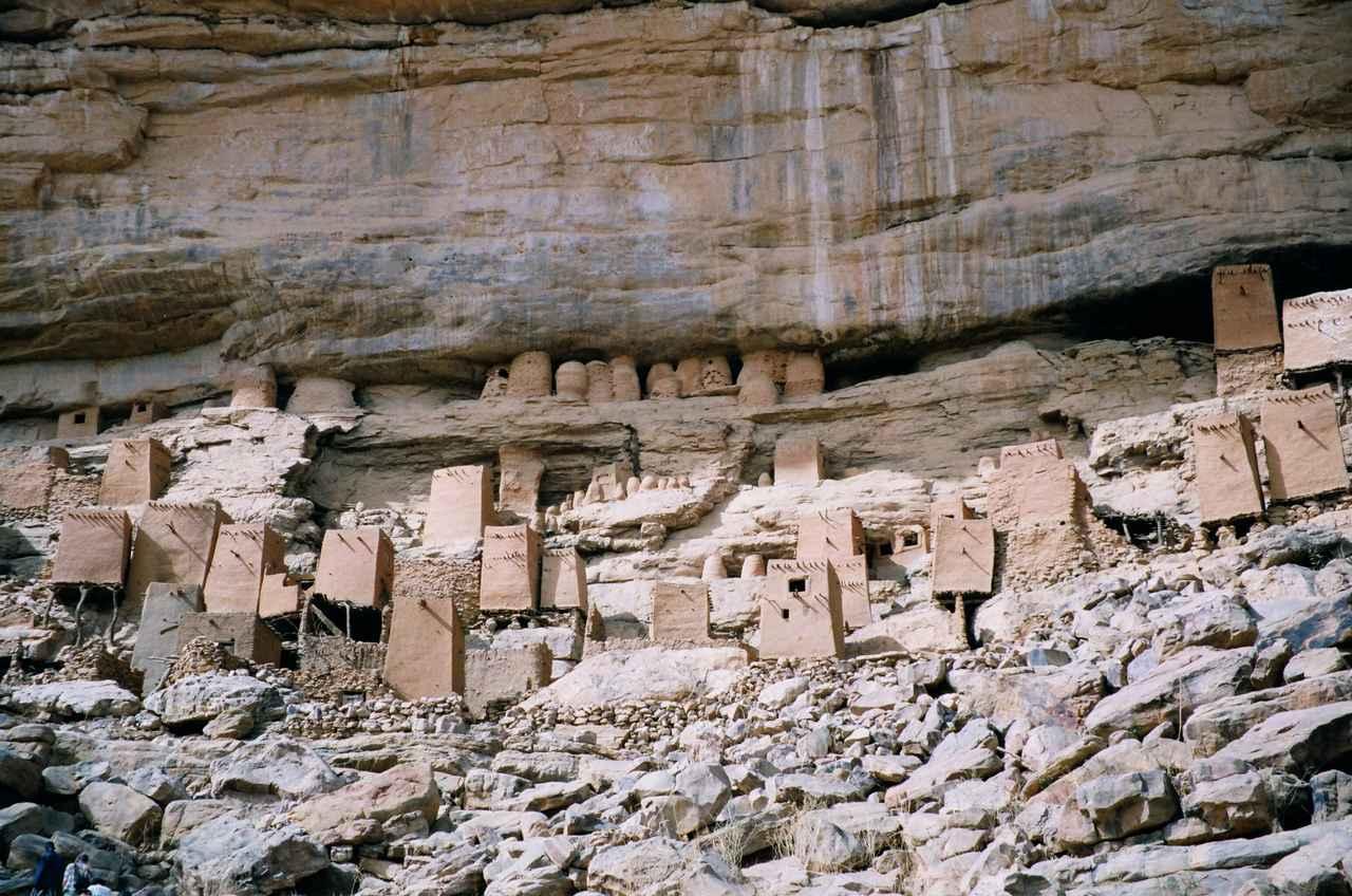 画像: マリの世界複合遺産「バンディアガラの断崖(ドゴン人の地)」(平成元年に認定)