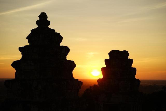 画像: プノン・バケンからの日没
