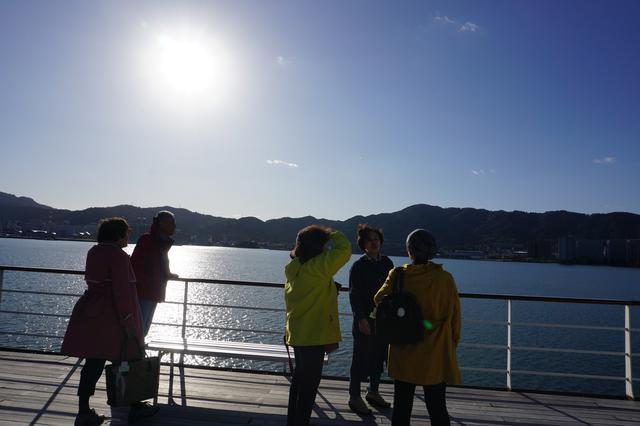 画像: 船上からの絶景を楽しんでおられました