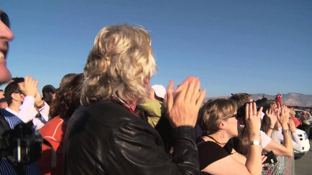画像: Sir Richard Branson's thoughts on SpaceShipTwo's First Rocket-Powered Test Flight [HD] www.youtube.com