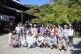 画像: 今熊野山のふところに抱かれた今熊野観音寺にて