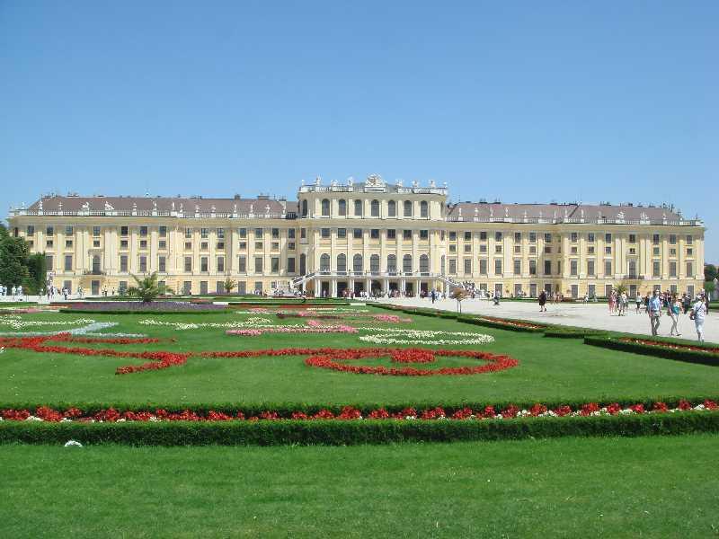 画像: 【19119】<おひとり参加限定の旅/プレミアムステージ> 『1名1室確約 ハンガリー・オーストリア・チェコ 美しき中欧3カ国周遊 8日間』|クラブツーリズム