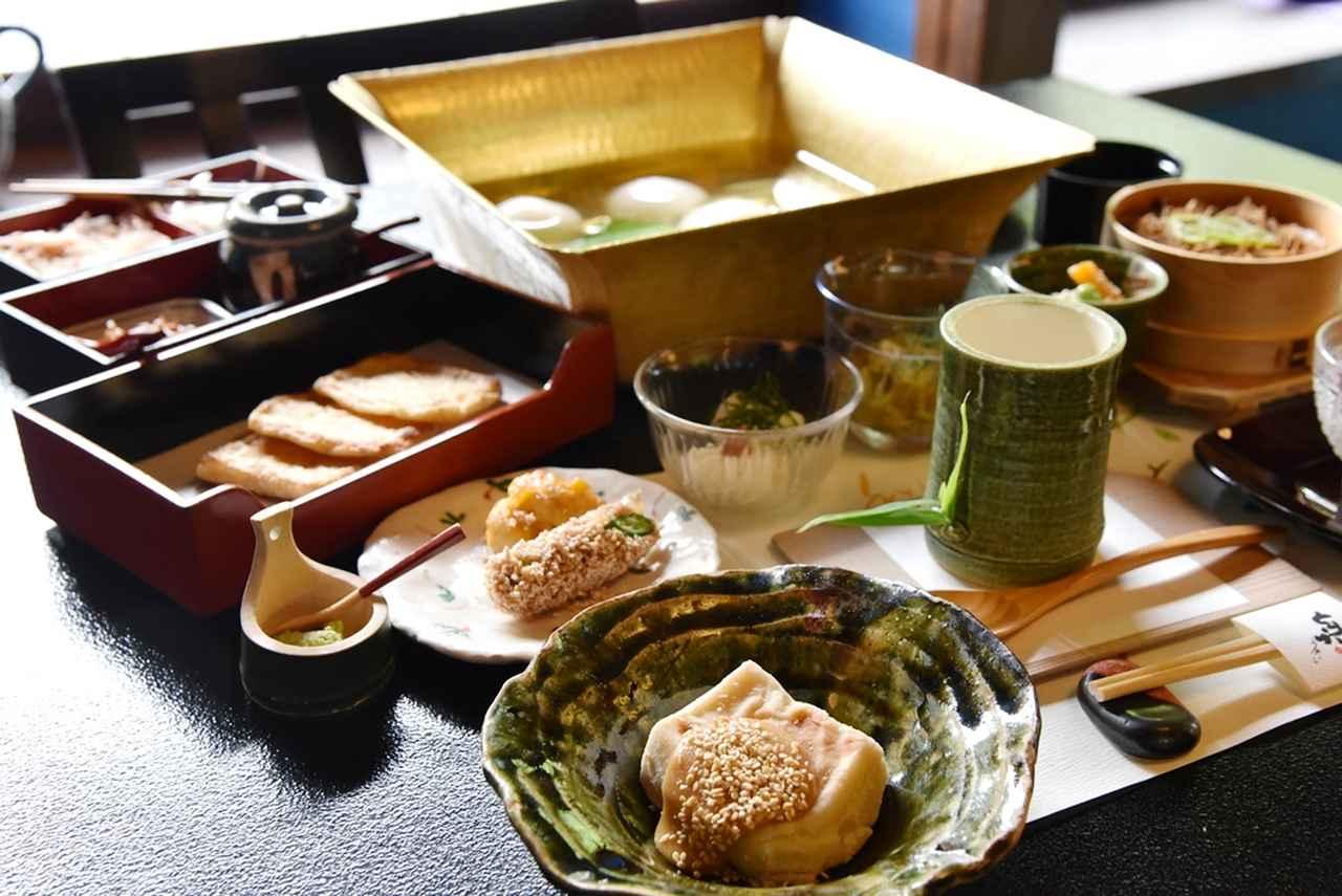 画像: みためも涼しげな豆腐料理の数々