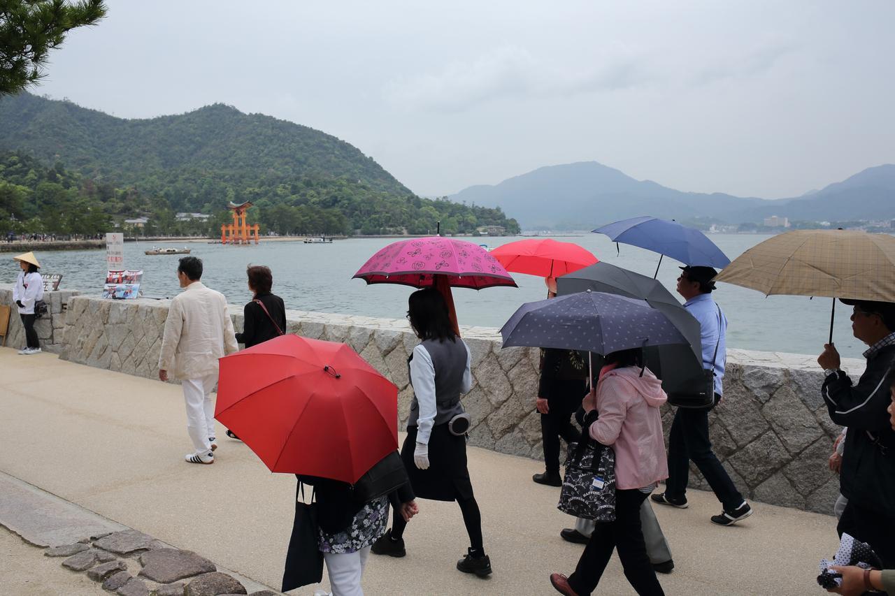 画像: 宮島に上陸後、嚴島神社へ